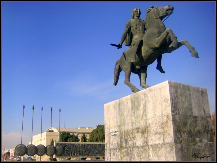 Alexander_The_Great_statue_Salonica