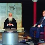 Μάιος 2010. Με τον Μητροπολίτη Δημητριάδος κ. Ιγνάτιο στην τηλεοπτική εκπομπή ΑΡΧΟΝΤΑΡΙΚΙ.
